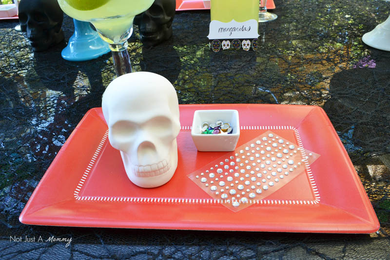 Decorating skulls for a Día De Los Muertos Crafternoon Party