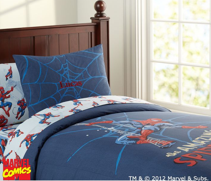 Spider Mans Bedroom : Marvel Spiderman Bedroom Decals, Bedsheets, comforters, door knobs and ...