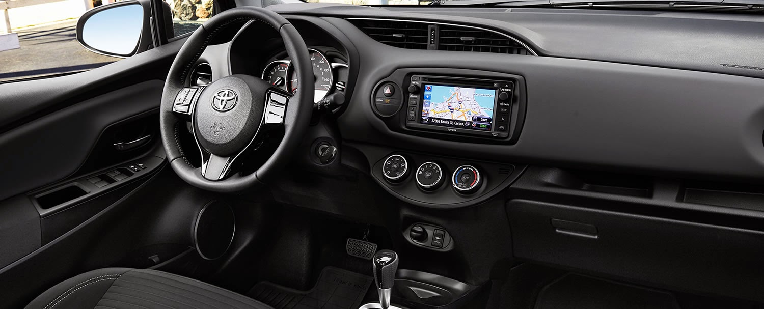Toyota Yaris 2015 Review