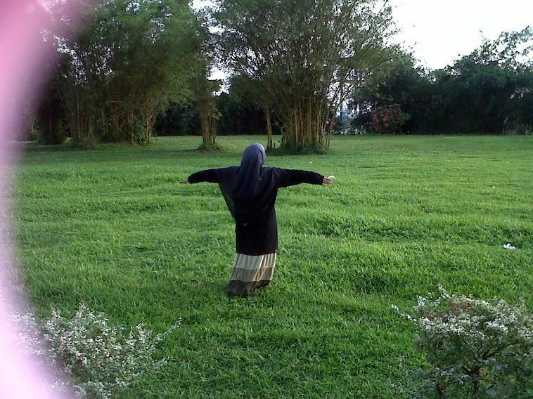 hidup bukan seperti burung terbang bebas,,,,