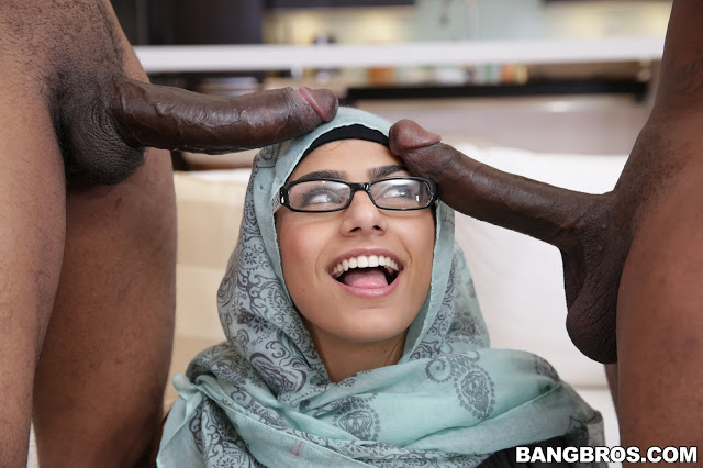 mia khalifa first video
