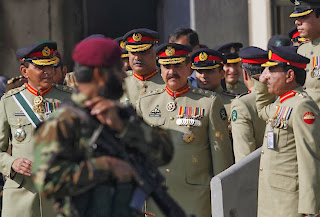 New Army Chief  Of Pakistan Gen Raheel Sharif gets baton of command Getting his commond