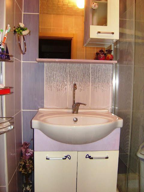 yenilenmiş banyo dolabı