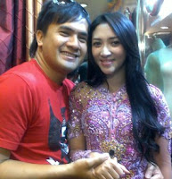 Saiful Jamil with wife