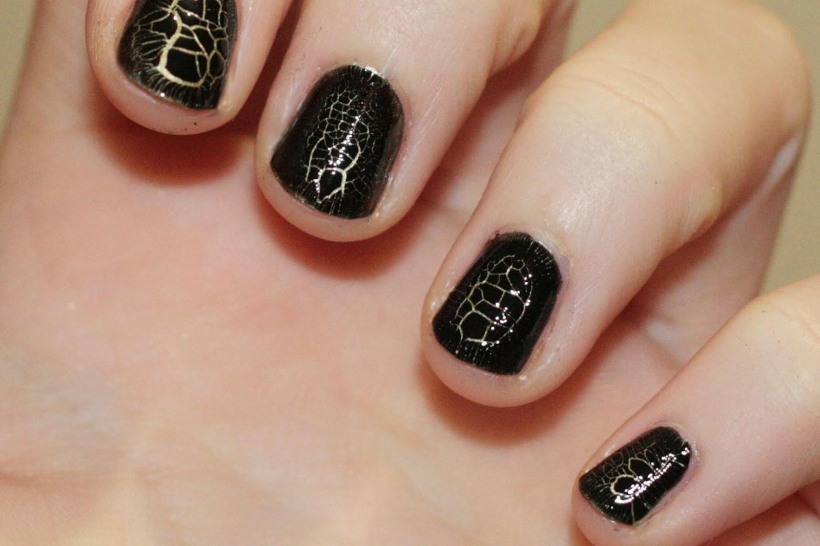 really like this crocodile skin effect nails. HD Wallpaper
