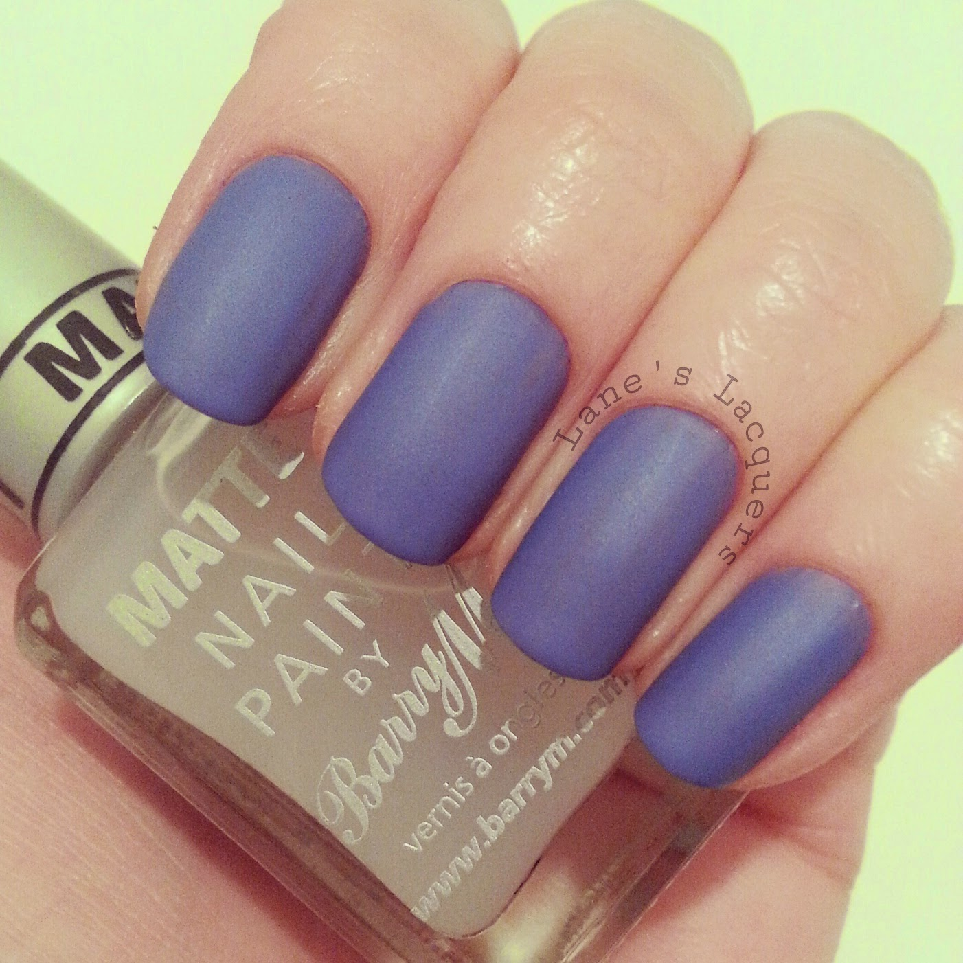 barry-m-bikini-and-matte-topcoat-swatch-nails