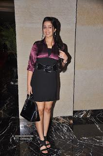 Charmi-at-SIIMA-Awards-2013