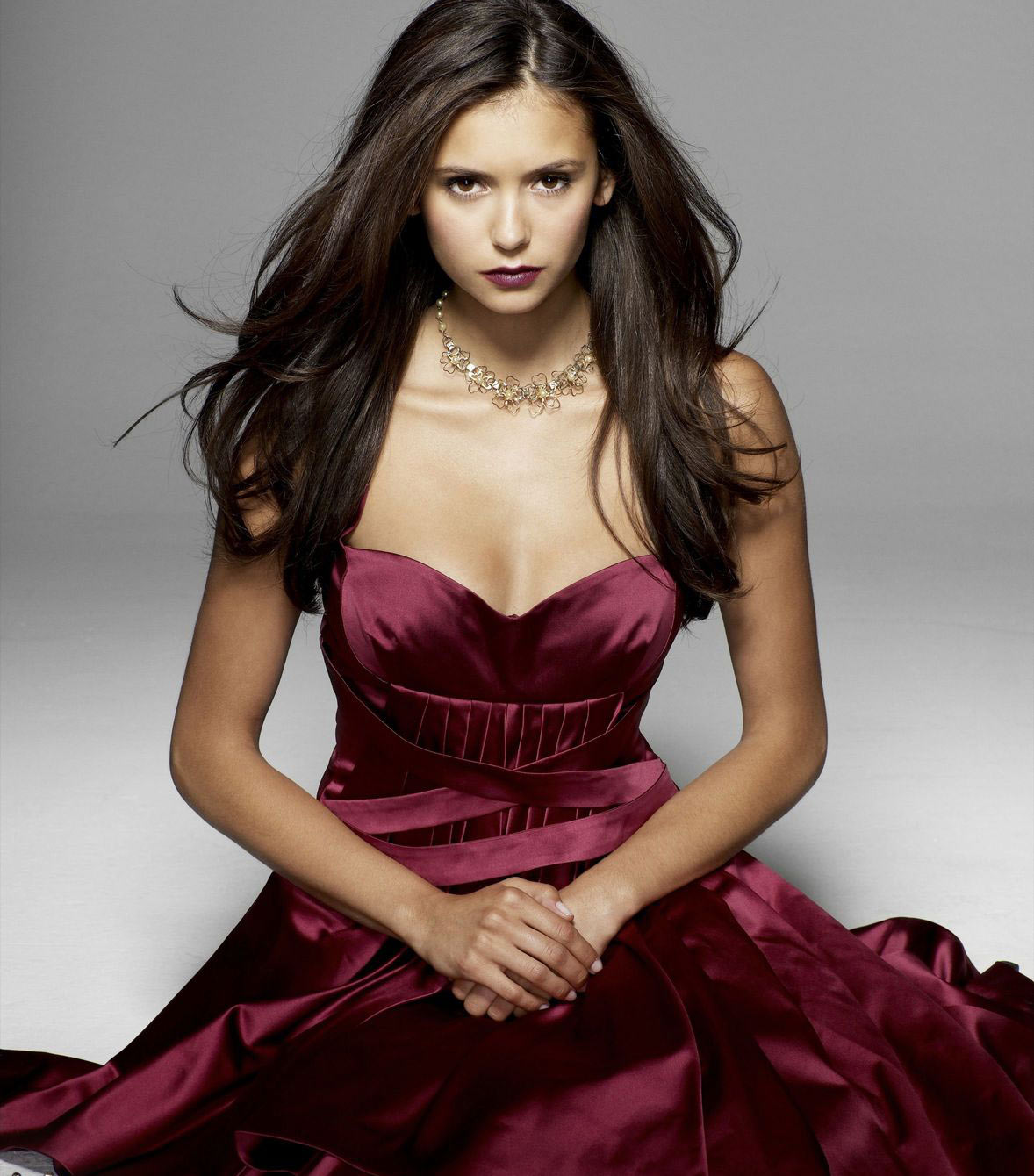 Nina Dobrev Wallpaper: Nina Dobrev Photo And Wallpapers