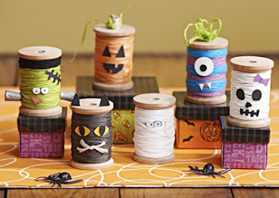 http://sewcraftyangel.blogspot.com/2015/08/easy-halloween-spooky-spools-and.html