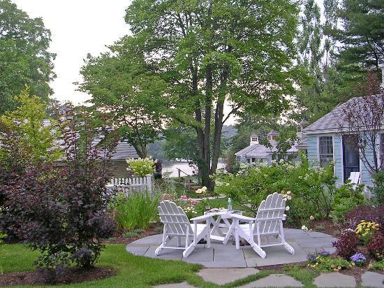 hydrangea hill cottage cottages cottages cottages. Black Bedroom Furniture Sets. Home Design Ideas