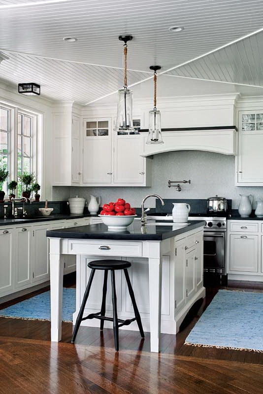 Kitchen With Black Granite Countertops : The Granite Gurus: 5 White Kitchens with Black Granite Countertops