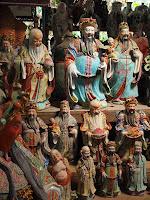 Porcelain figures - Thow Kwang Pottery Jungle