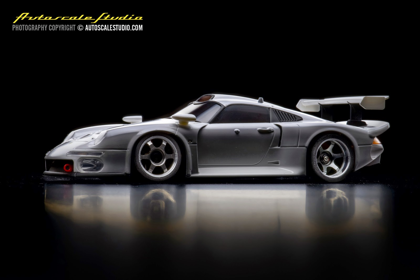 autoscale studio mzp330w porsche 911 gt1 white. Black Bedroom Furniture Sets. Home Design Ideas