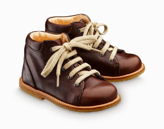 北欧デザインのおしゃれな子供靴