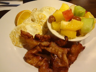 breakfast at joe's grill, 4th ave vancouver