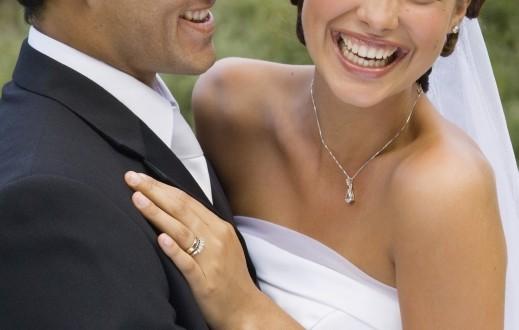 إليك عشرة أسرار عليك اخفائها عن الفتاة التي تنوي الزواج منها