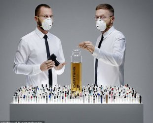 http://www.opoae.com/2013/03/1400-aroma-parfum-dicampurkan-dalam-1.html