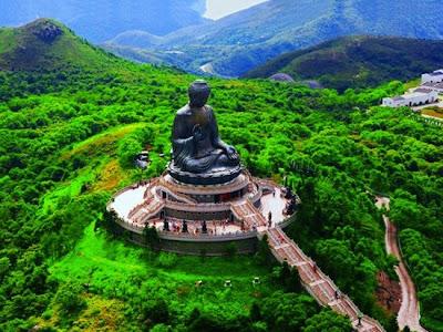 Tian Tan Buddha en la Isla Lantau, Hong Kong