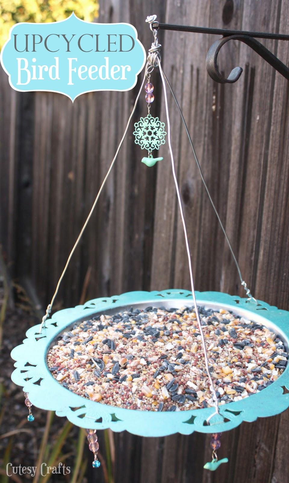 Upcycled bird feeder cutesy crafts for Upcycled bird feeder