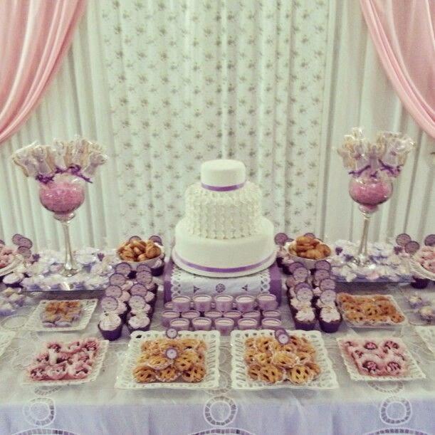 Prepara una mesa dulce para su comuni n la tienda de kloe - Preparar mesa dulce para comunion ...
