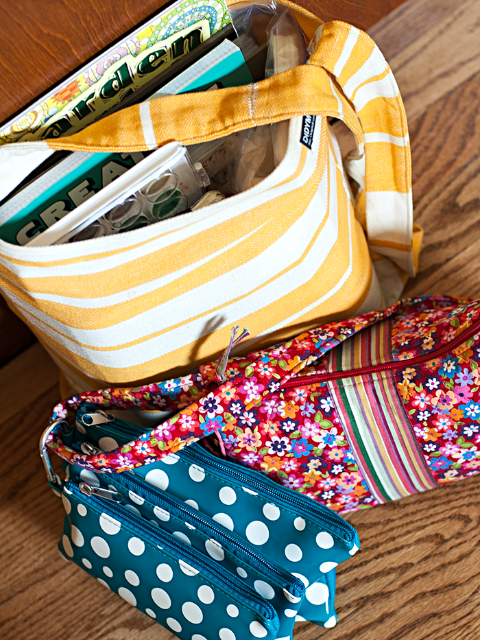"Heather Greenwood Designs | what's inside my ""art"" bags for vacation"