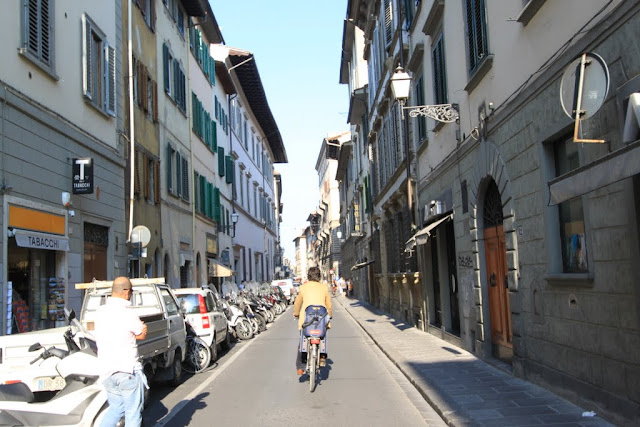 Most of the lanes are narrow thus the locals prefer to drive small vehicles or ride on bicycles in Florence, Italy