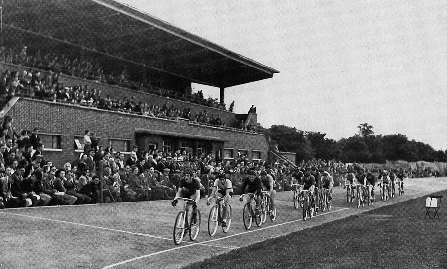 Cycle racing at Alexandra Park