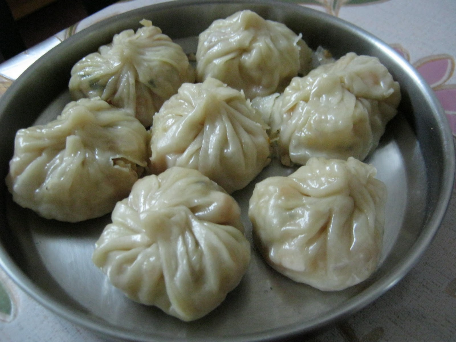 vegetable momo vegetable momos potato and cheese momos vegetable momos ...