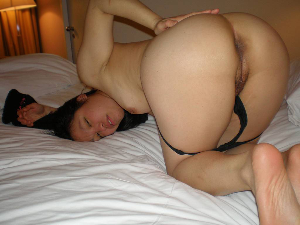 Naked ass bed