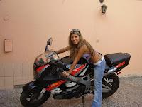 chicas motociclistas