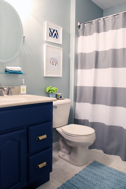 Iheart organizing a little bathroom refresh for Small kids bathroom ideas