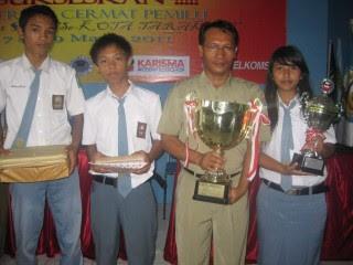 SMAN 3 Tarakan Juara I Lomba Cerdas Cermat - Borneo