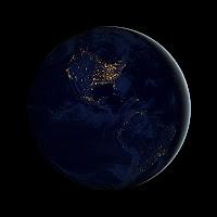 Северная и Южная Америка ночью из космоса