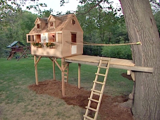 Treehouse home kits versus building them for Free treehouse plans