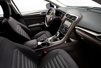 2013 Corvette C7 Review Interior