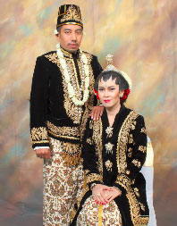 Pakaian Adat Yogyakarta ~ Everything Is Traditional