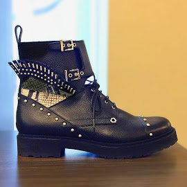 Fendi Buggies-Eye Leather Combat Boots