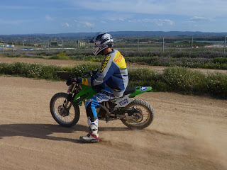 dirt track en el noyes camp