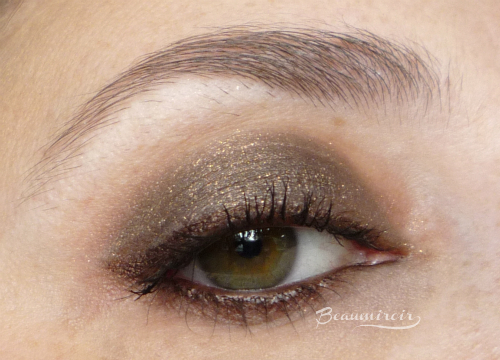 Charlotte Tilbury Nocturnal Cat Eyes To Hypnotise in The Huntress: worn on eye, eotd, swatch