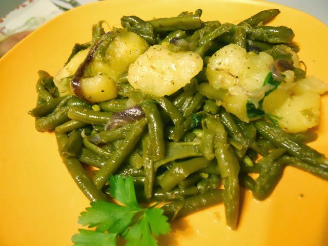 fagiolini con filetti di alici e patate