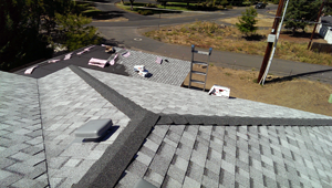 Roofing Contractor: Quality In Rogue Valley