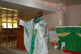 2019: Radical Catholic Priest advises Buhari, says 'go and rest'