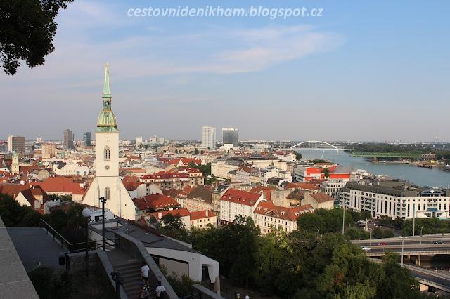 výhled na Bratislavu // a view of Bratislava