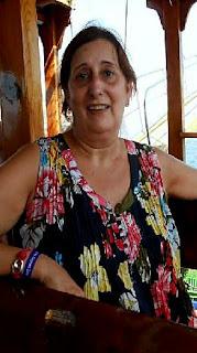 A mi prima Ana García Muro