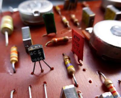 Colorsound Supa Tonebender circuit transistors