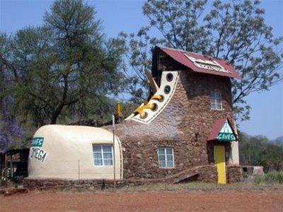 bangunan rumah unik