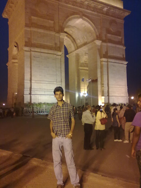 Anshu Dikshant at India Gate, New Delhi