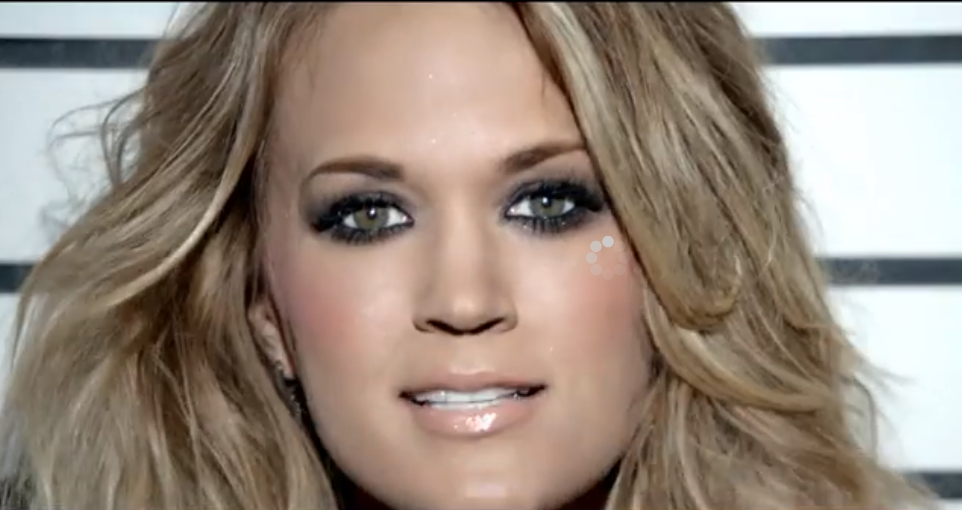 carrie underwood eye color what s carrie underwood s eye