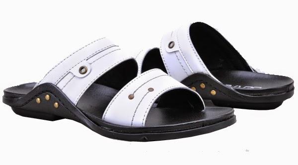 Model sandal pria kulit casual keren murah terbaru