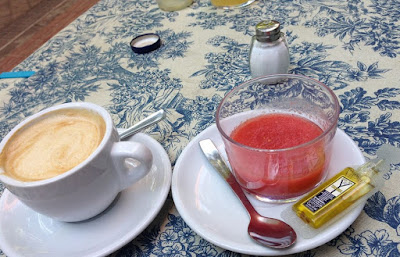 Coffee with soy milk and gazpacho, Madrileño breakfast